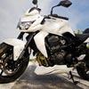 Пазл: Белый мотоцикл (white motorcycle jigsaw puzzle)